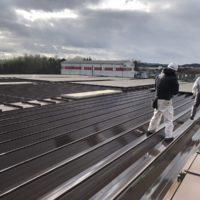 工場の屋根の塗り替え